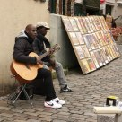 Street artists: music and paintings